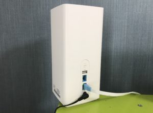 SoftBank Air(ソフトバンクエアー)って有線のほうが速いの?有線と無線の比較やLANケーブルの選び方を解説写真